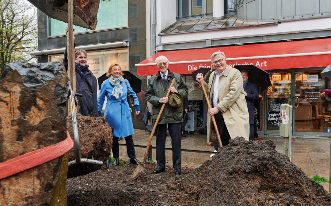 12-05-2021: Eichenpflanzung zu Ehren von Joseph Beuys in München